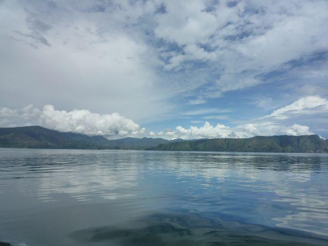 スマトラ島 トバ湖