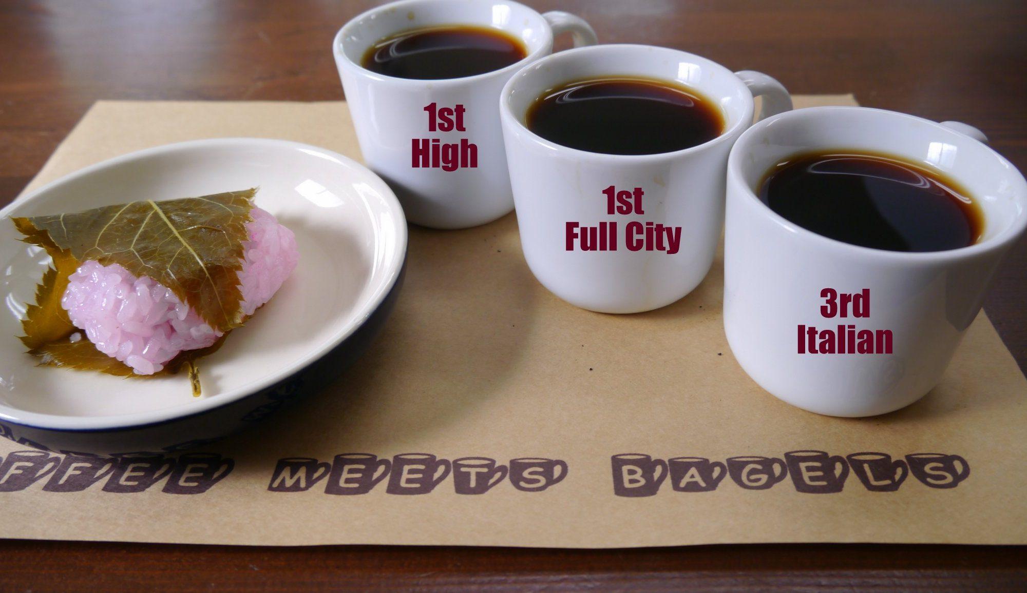 桜餅(道明寺)とコーヒー