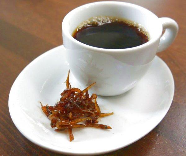 イカナゴの釘煮とコーヒー