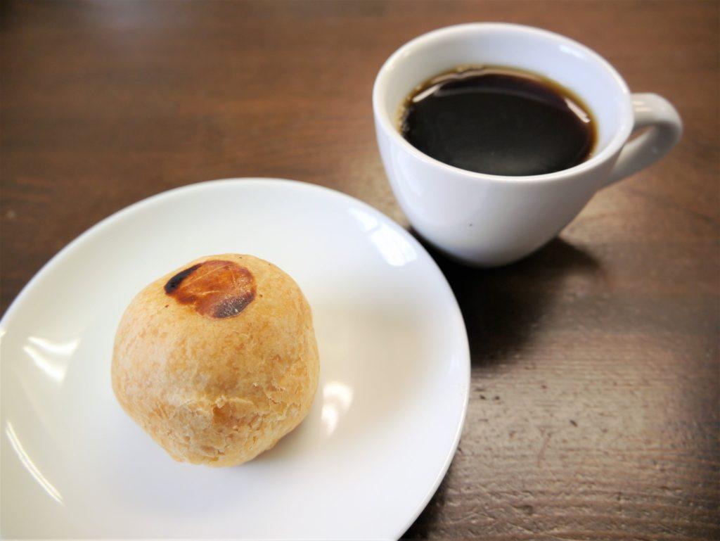 自家焙煎コーヒー豆と美吉堂本舗さんの六甲パイ