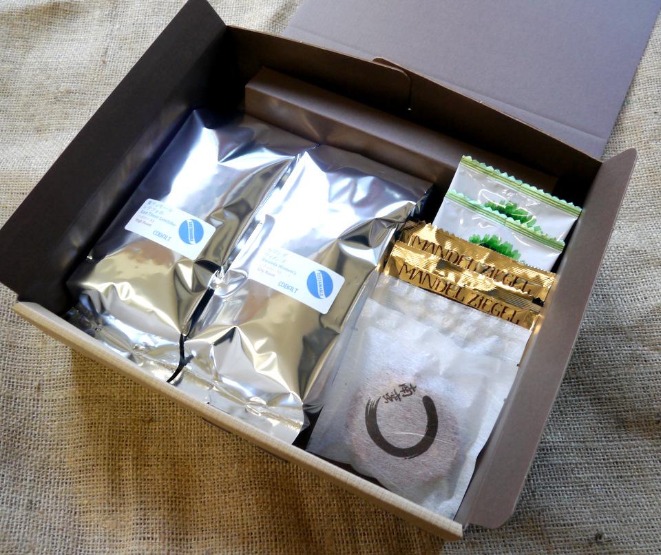 コーヒー豆とアーモンド瓦せんべい(チュイルアマンド)のギフト