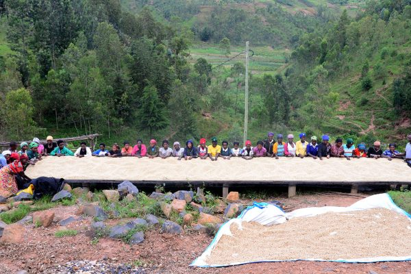 ルワンダ キャヒンダ の女性生産者