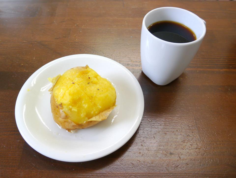 じゃがバターとルワンダコーヒー