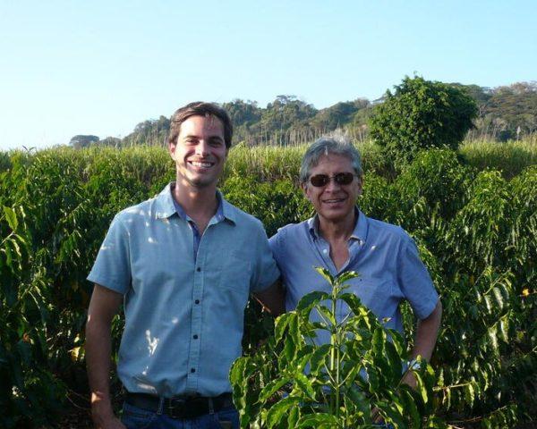 コスタリカ ソラノ農園を経営する親子